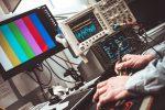 Ingeniería informática – ¿Vale la pena? ¿Dar dinero? ¿Es de noche?