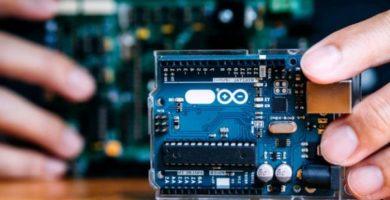ARDUINO: Una guía de inicio. Empezando con Arduino