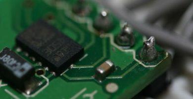 Acelerómetro: ¿Qué es y cómo funciona? Características y usos