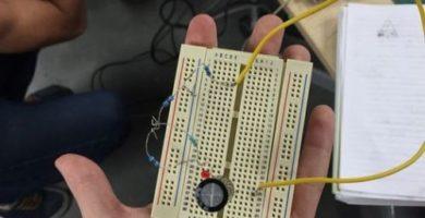 PROTOBOARD: ¿Cómo funciona un protoboard?